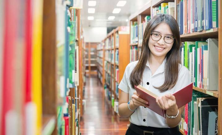 Contribuir al Fortalecimiento de la Biblioteca